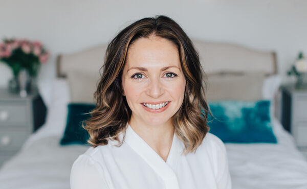 Lebendige Haut, pulsierendes Leben: Ein Interview mit der Hautpflege-Expertin Abigail James